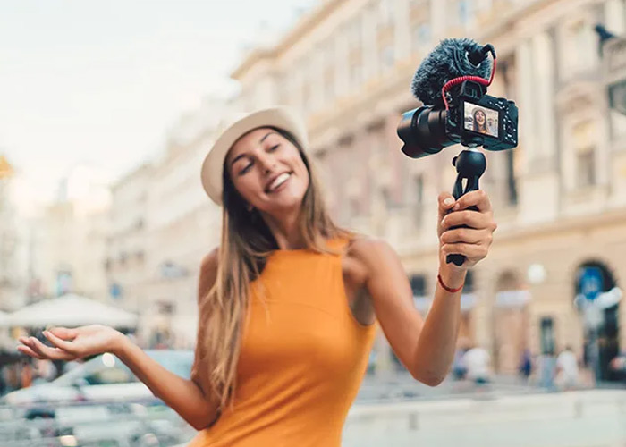 Vlogging Ideas for Beginners: How to Make Money ?