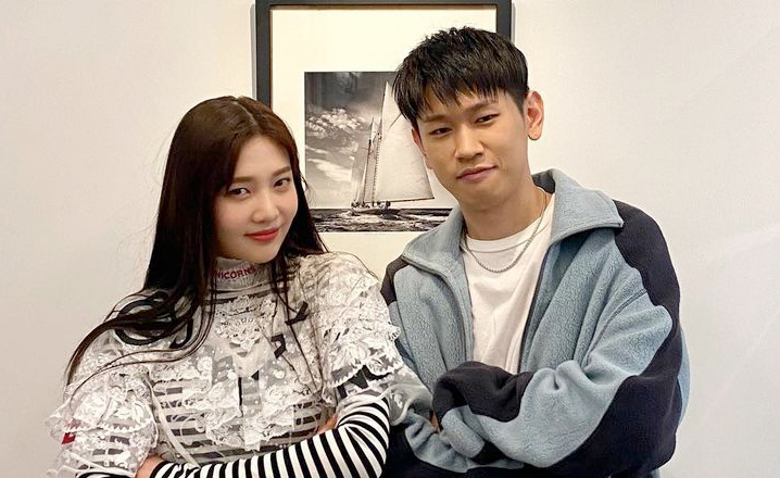 Joy of the K-pop girl group Red Velvet and Crush are confirmed to be dating