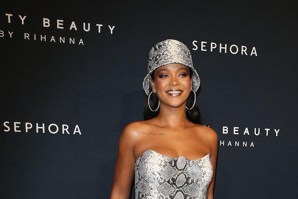 Rihanna Is Now Officially A Billionaire