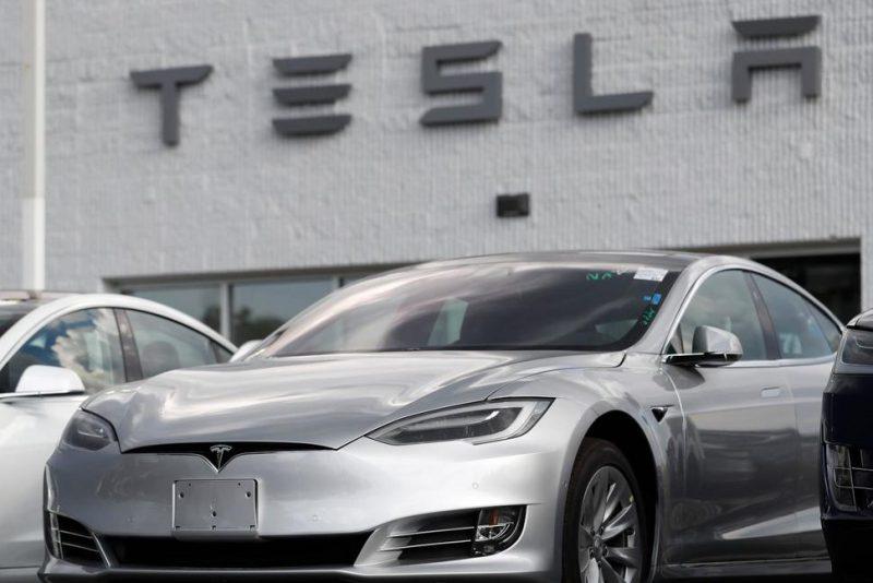 Tesla Autopilot crashes