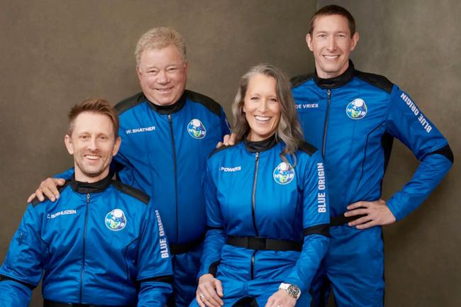 Blue Origin sends William Shatner to edge of space